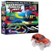 Святящаяся трасса Magic Tracks Волшебная дорога с машинкой и подсветкой 220 деталей