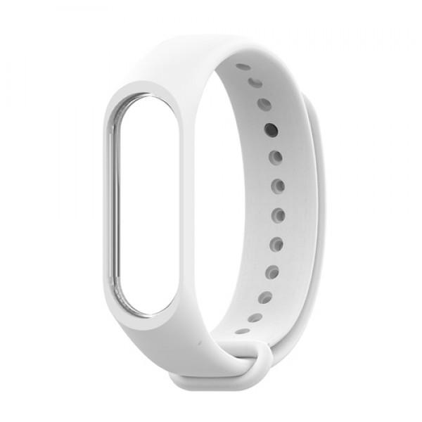 Ремешок силиконовый для Xiaomi Mi Band 3/Mi Band 4 (белый)