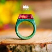 Кольцо Pyramis