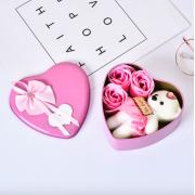 Подарочный набор ароматное мыло в виде роз и плюшевый мишка (Розовый)