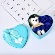 Подарочный набор ароматное мыло в виде роз и плюшевый мишка (Голубой)