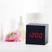 Деревянные часы мини-куб (Черные)