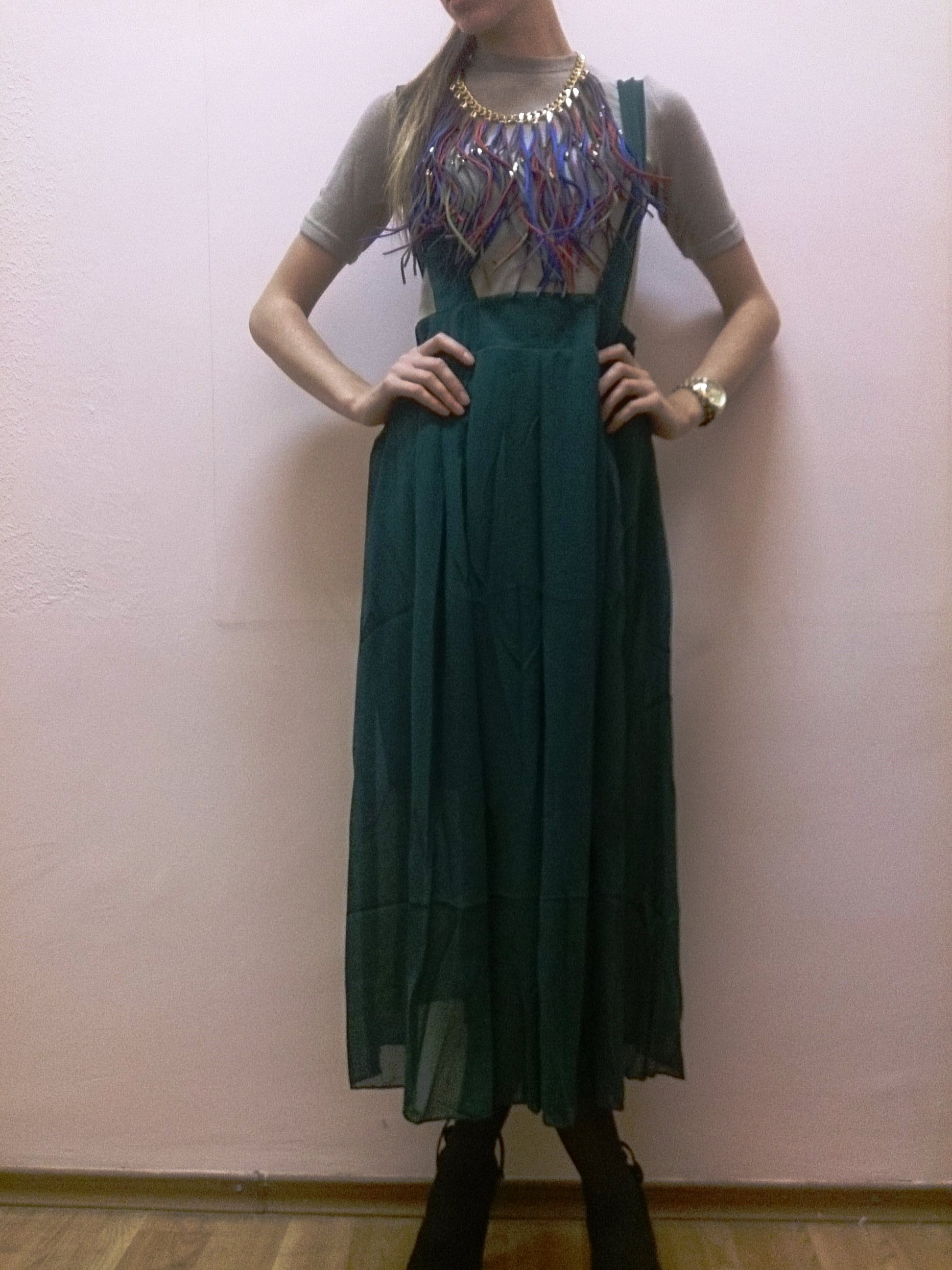 Оригинальное платье с фольклорными элементами