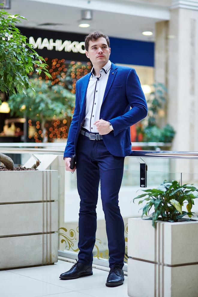 Стильный мужской пиджак светло-синий