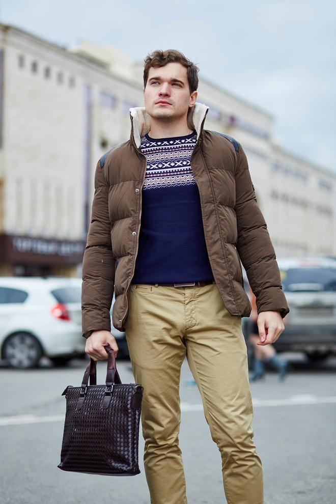 Стильная мужская куртка коричневая