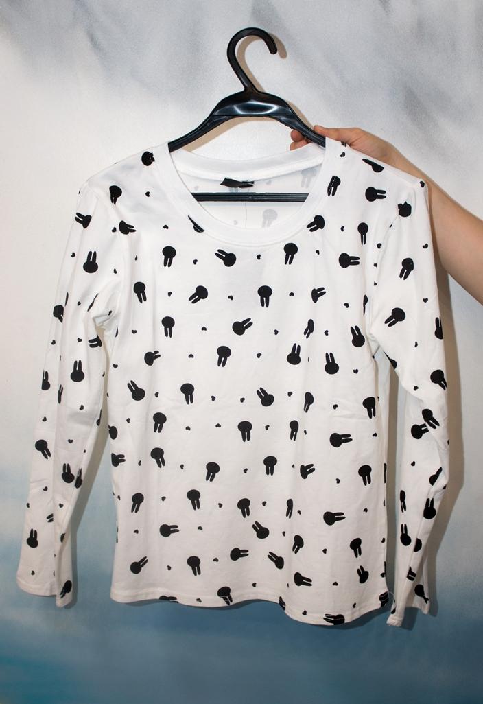 Стильные женские футболка модель 6