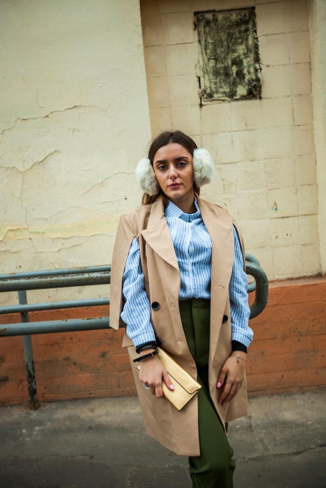 Стильное женское плащ пальто бежевое