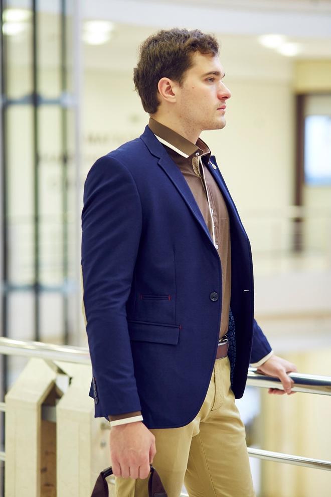 Стильный мужской пиджак синий вариант один