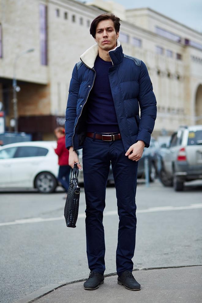 Стильная мужская куртка синяя