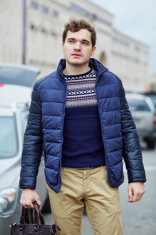 Стильная мужская куртка синяя вариант два