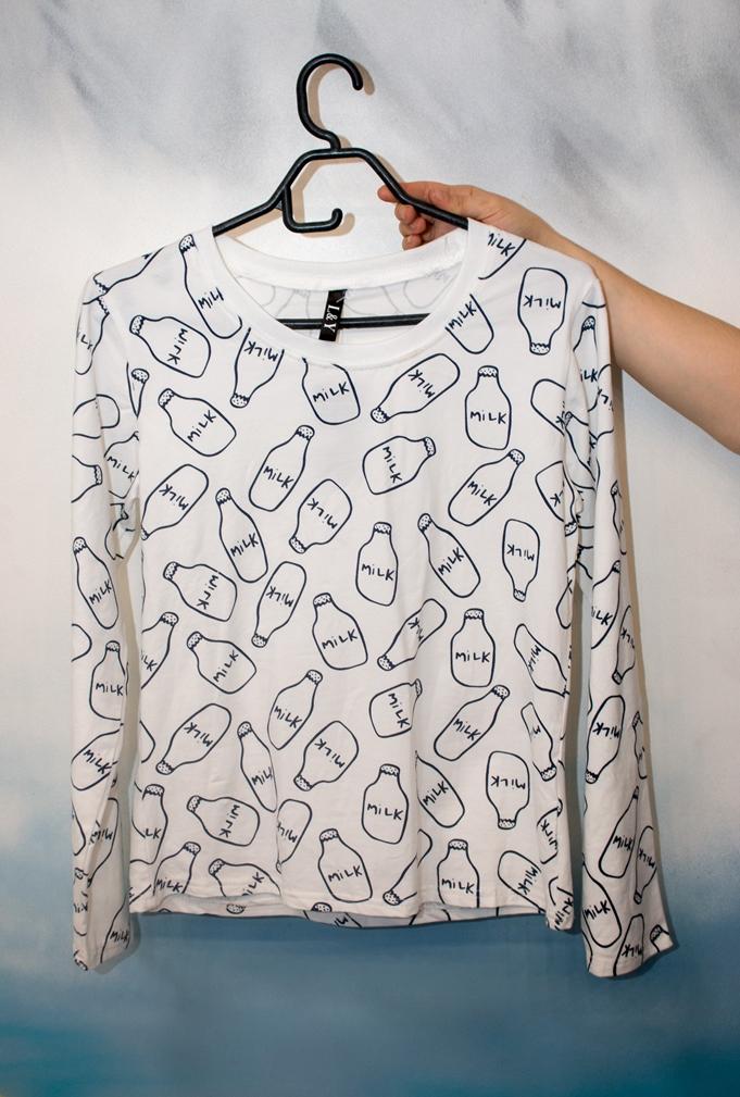 Стильные женские футболка модель 4