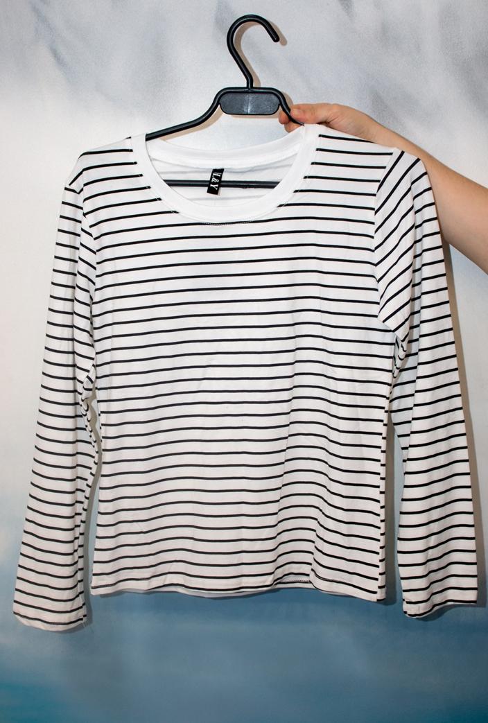 Стильные женские футболка модель 5